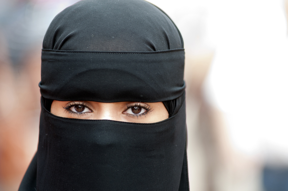 IMG-001.Kuala Lumpur.MAL.muslim woman