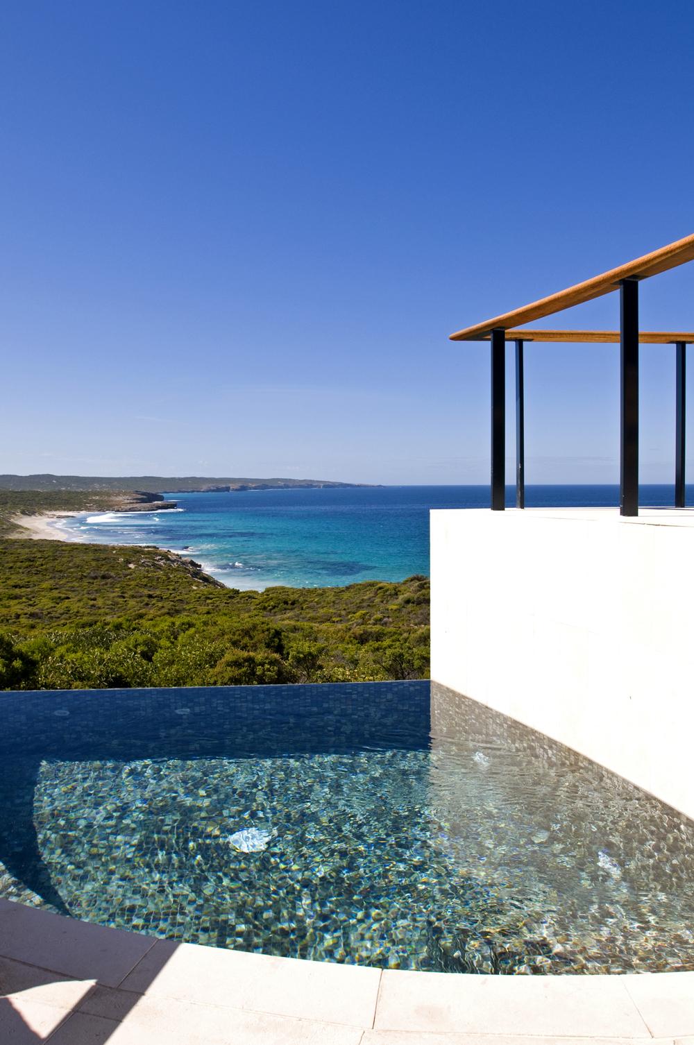 IMG-012.Southern Ocean Lodge